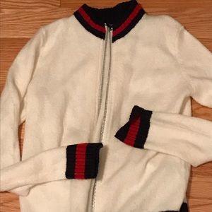 Sweater zip front